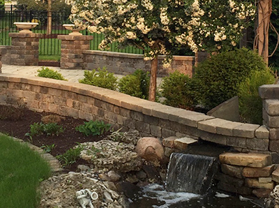 Walls, Patios & Ponds Landscape